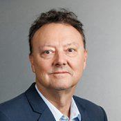 Porträtbild von Dr. Alois Hinterhöller