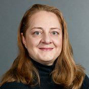 Porträtbild von Mag.(FH) Angela Schorna
